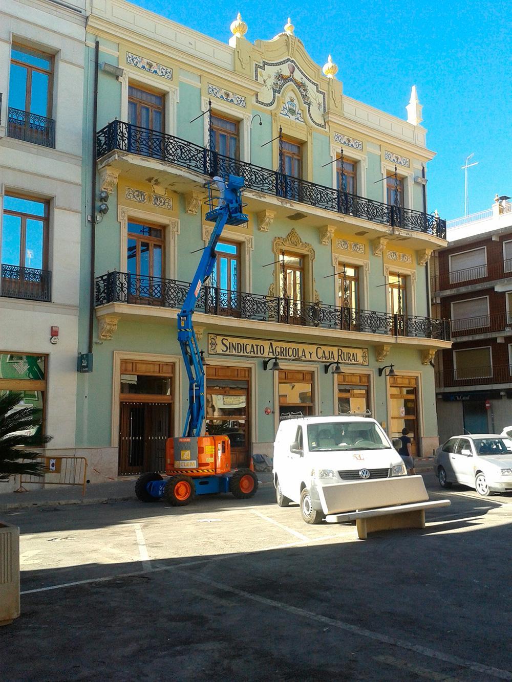Trabajos de pintura en fachada