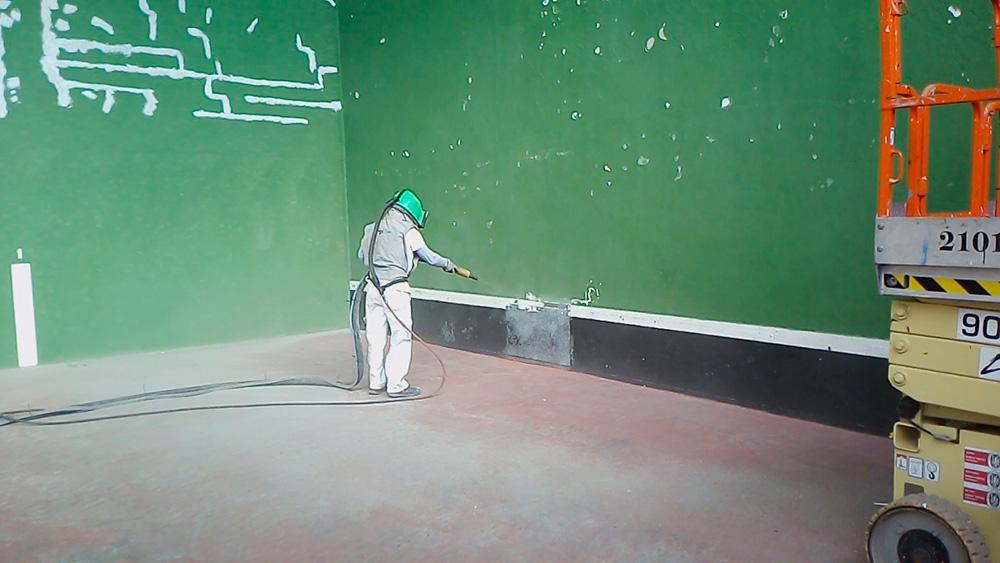 Eliminación de pinturas en mal estado mediante chorro de arena